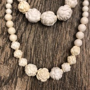 Jewelry - 🍀 Antiqued White Rose Necklace and Bracelet Set